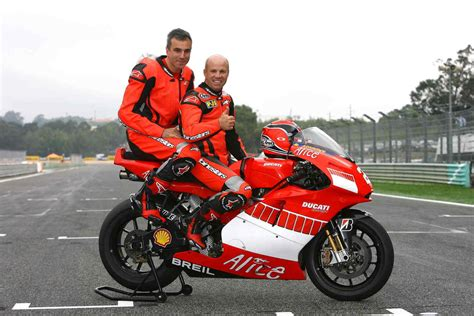 Daniel Day-Lewis Lived The MotoGP Experience News - Top Speed